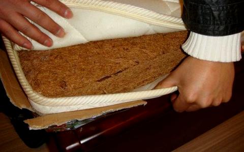 用了7年的椰棕床垫甲醛还是超标?新买的床垫甲醛超标怎么办?