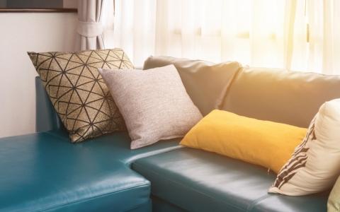 新买的皮沙发异味很大怎么办?